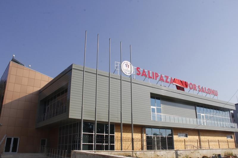 Kapalı Spor Salonu